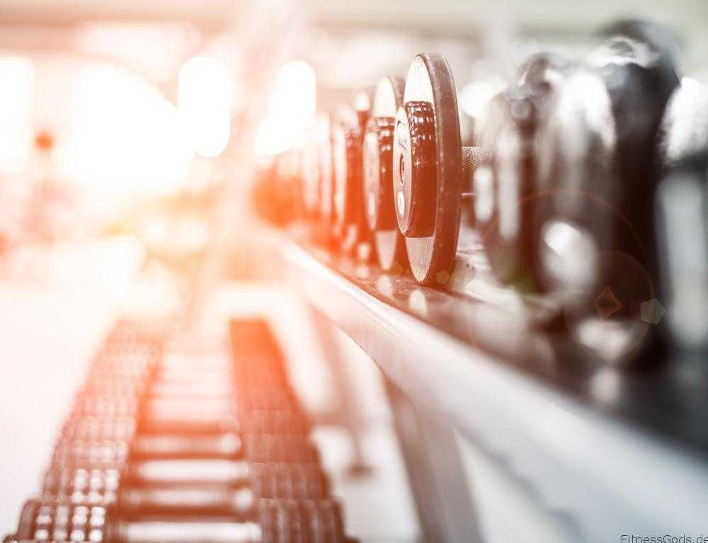 Sport hilft und motiviert beim Schnell Abnehmen - Copyright: Shutterstock