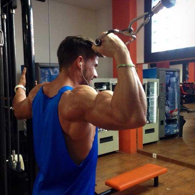 Trainingsplan: 10 Satz Methode für maximalen Muskelaufbau