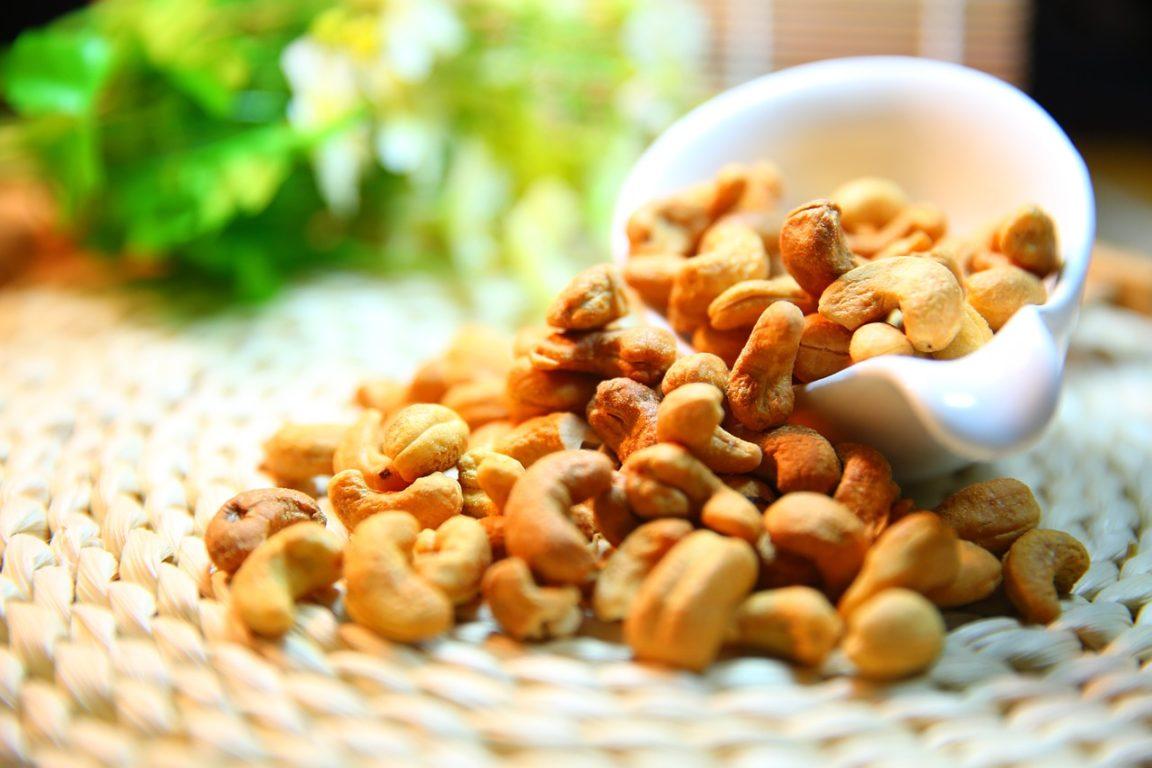 Handvoll Nüsse