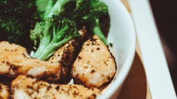 Low-Carb Asia-Brokkoli-Rindfleisch Pfanne
