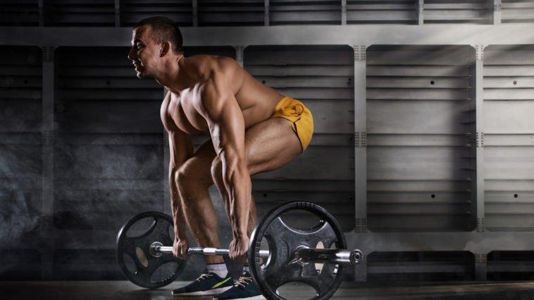 shutterstock 531234532 758x426 - Muskelaufbau: Wie oft sollte man pro Woche trainieren?