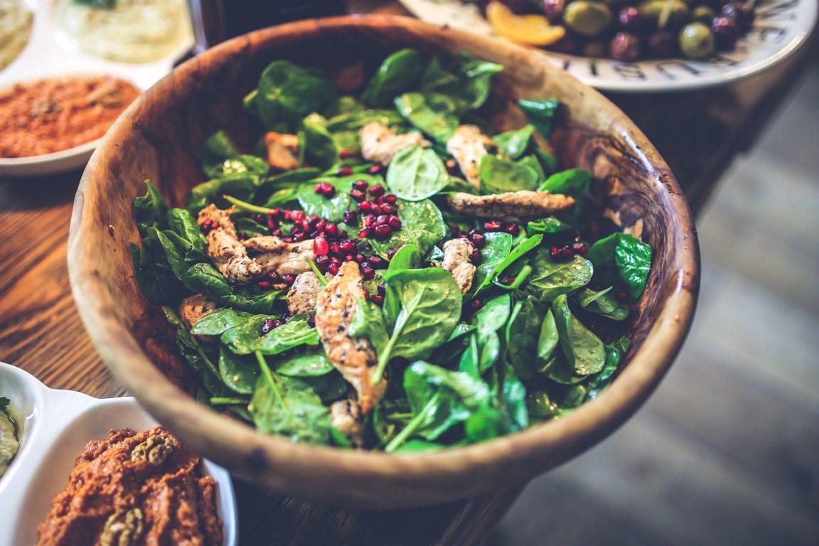 Putenfleisch mit Gemüse-Parmesan-Sticks